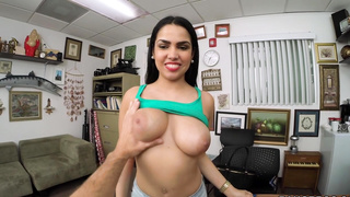 Latina's first porno and facial